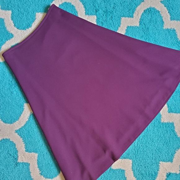 Calvin Klein Dresses & Skirts - Calvin Klein skirt size 4